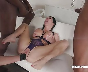 Nataly Gold & Veronica Avluv - fisting cartel is back with two high level bitches for ass pounding