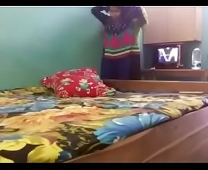 Indian Boyfriend And Gf Home Alone Having Hookup